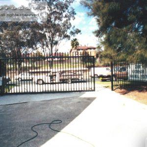 sliding commercial gate