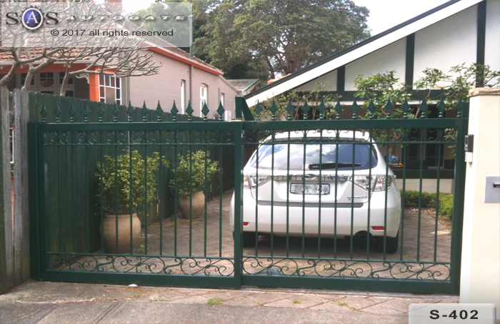 wrought iron telescopic gates with spear