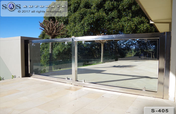 glass and stainless steel telescopic gates