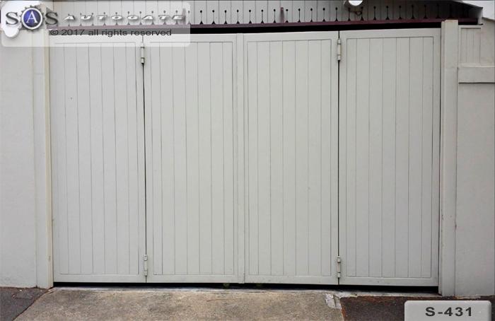 automatic bi-fold doors