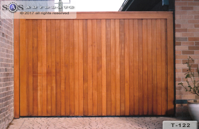 timber swing gate